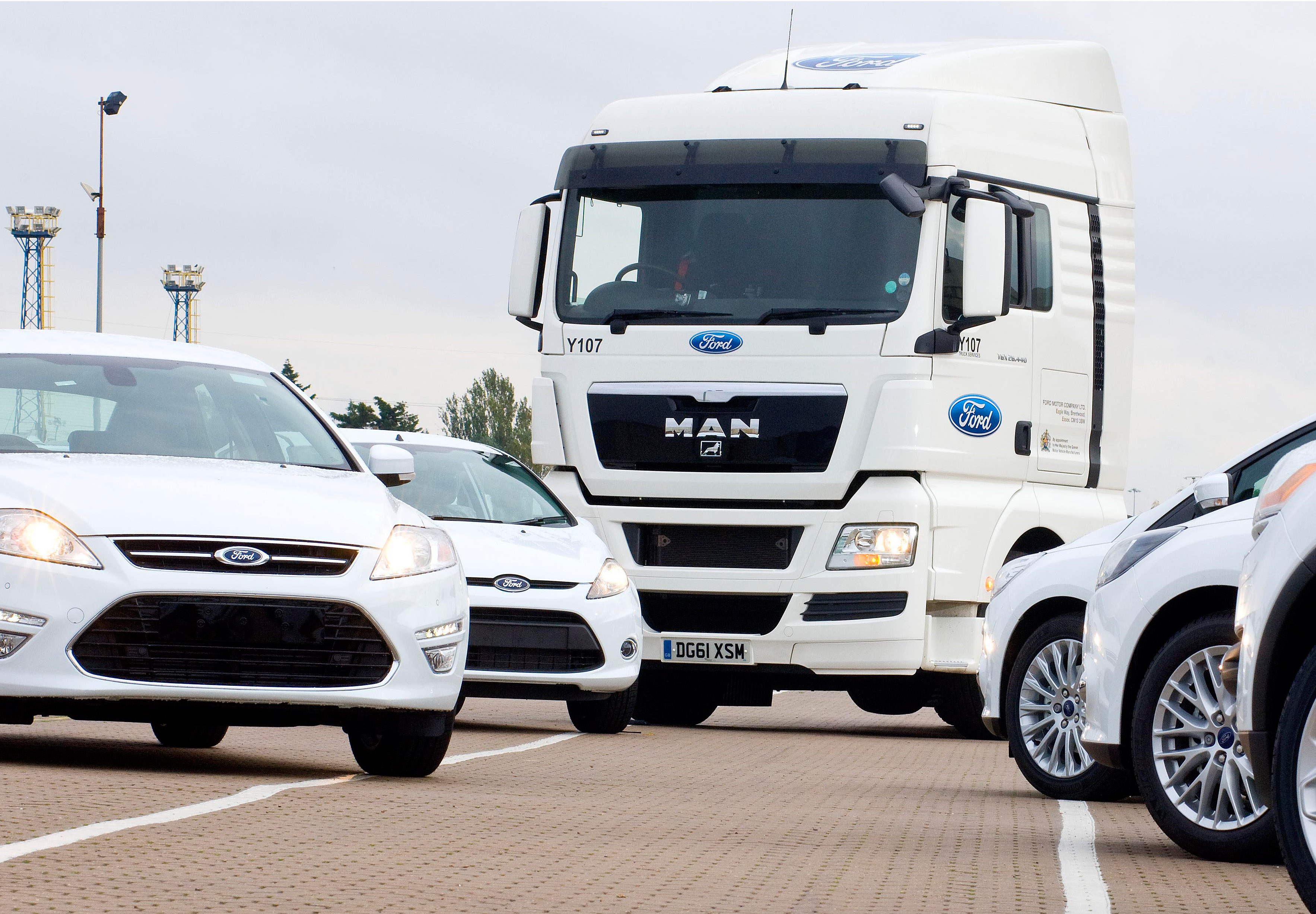 man trucks bus aluga 185 tgx para a ford na