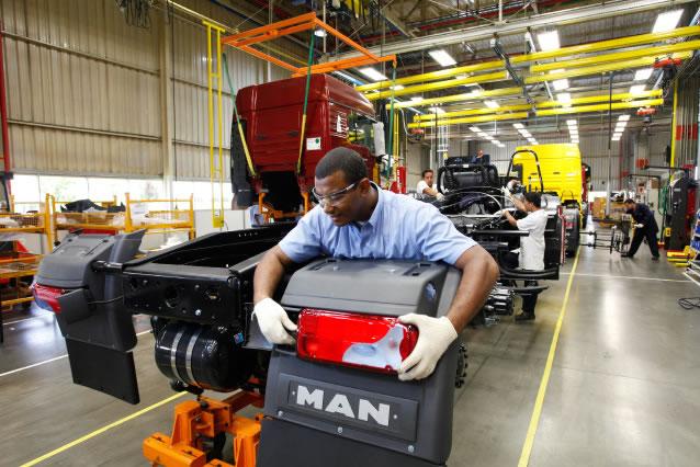 MAN lidera mercado nacional de caminhões